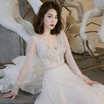 婚纱礼服2018新款新娘奢华一字肩长袖长拖尾梦幻公主性感V领冬季