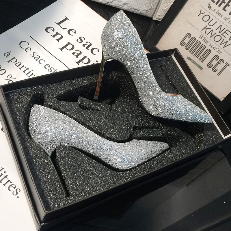 水晶新娘婚鞋女2018新款春季婚纱鞋细跟网红高跟鞋女尖头银色单鞋