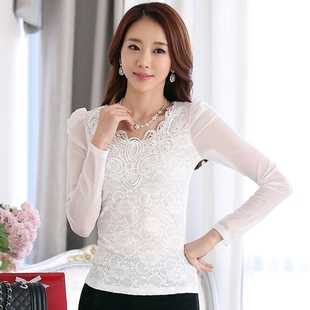 Lace shirt with long sleeves and velvet thickened in autumn and winter female Korean cultivating V collar new mosaic gauze all-match tide