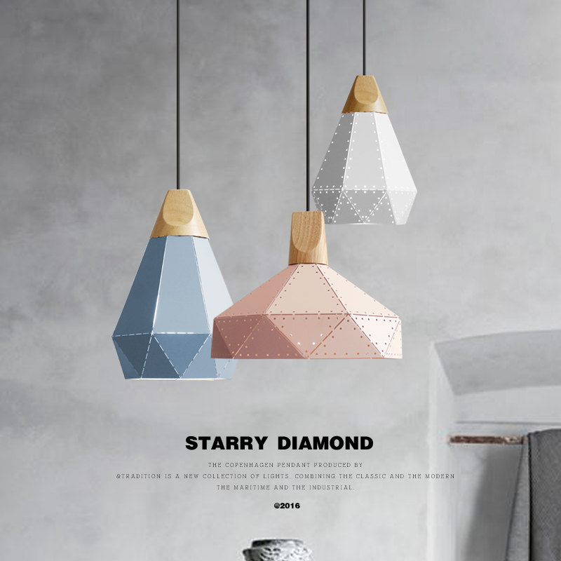 Nordic lighting restaurant chandelier three-head modern minimalist dining room lamp creative personality Macaron industrial wind chandelier