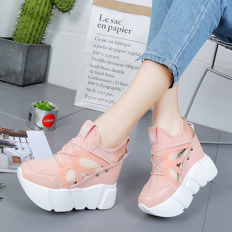 2018 Spring and Summer Thick With High Heels Sandals Wild Hollow Shoes
