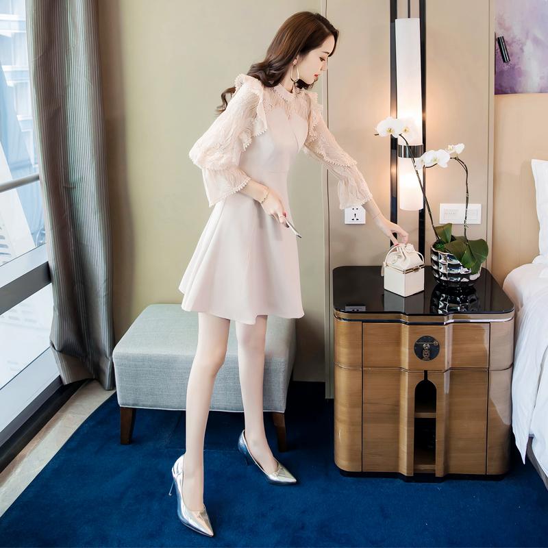 女装2018新款初秋季气质chic早秋裙收腰高冷女神范衣服法式连衣裙