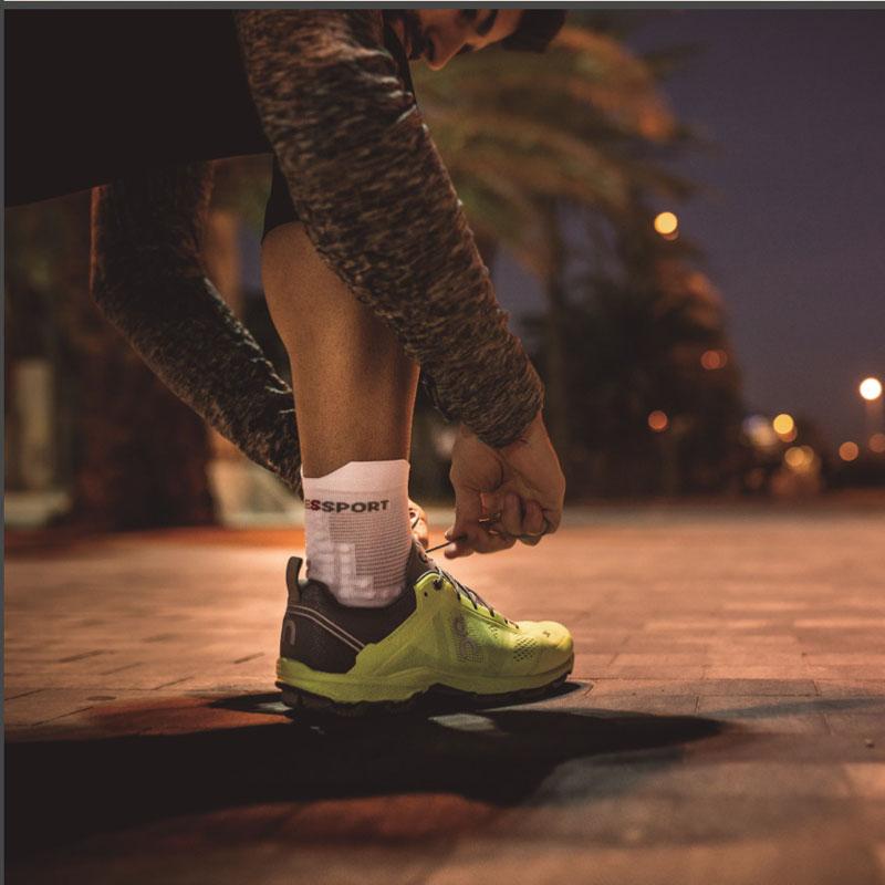 COMPRESSPORT 男女3D豆竞赛袜V3.0马拉松越野跑步高低帮运动袜