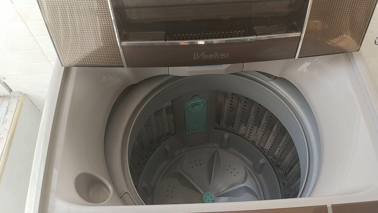 洗衣机去污灭菌不用愁,全自动洗衣机清洗妙招视频