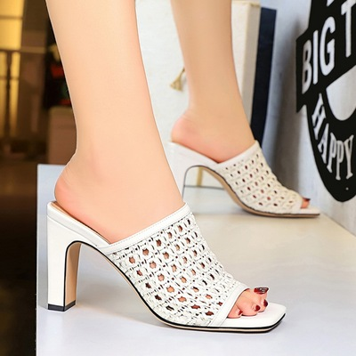 83-7 retro fashion in Europe and America women sandals with square head show thin thick with high mesh hollow woven word