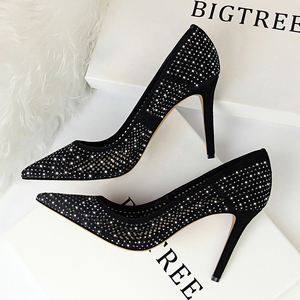 516-78 European and American wind fashion show thin suede high-heeled shoes lighter point diamond hollow out nightclubs