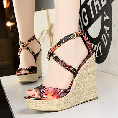 892-2 han edition high with hemp rope woven hollow metal chain cross wedge silk flower fish mouth with sandals
