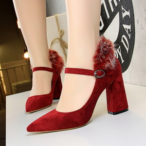 828-5 European and American fashion elegant dinner with suede shoes thick with high light pointed mouth rabbit hair one