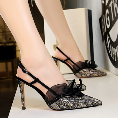 313-5 in Europe and the us show fine thin shoes with high heels fashion sexy party with diamond lace hollow out sandals