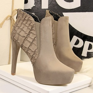 9657-12 European and American fashion wind restoring ancient ways is the knight boots high with waterproof suede sexy ni