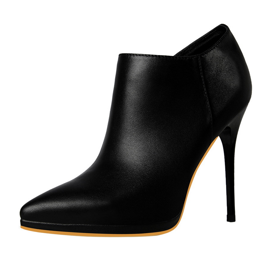 Thin High heel Ankle boots's main photo
