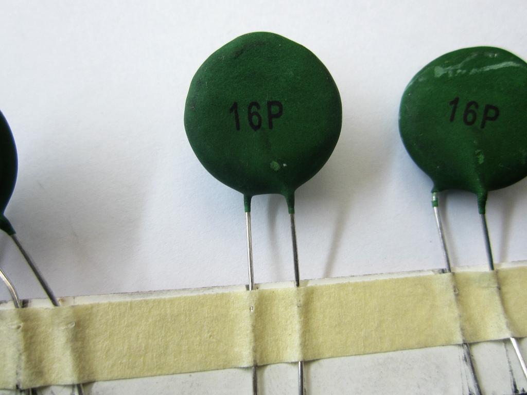 简要介绍PTC热敏电阻的�特性
