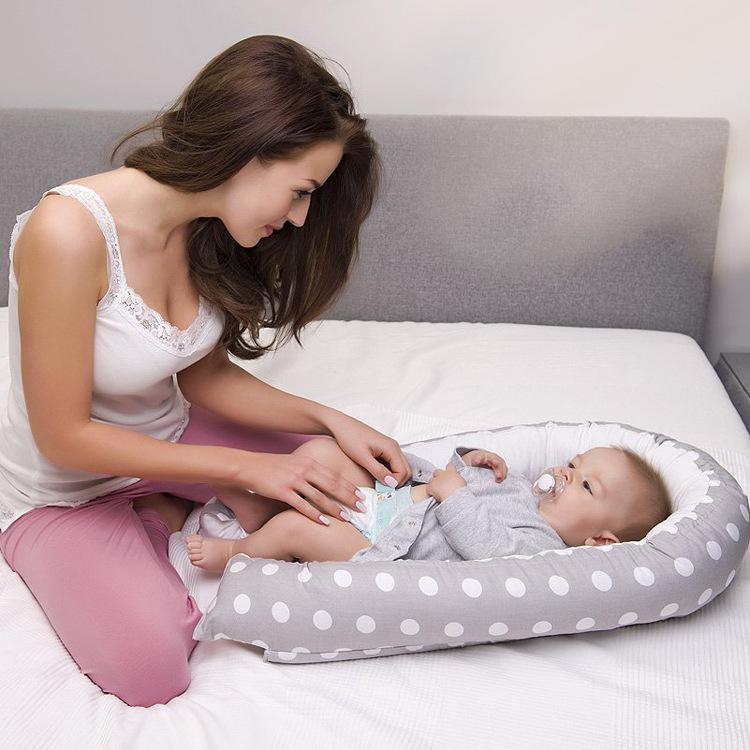 2020新款便携式可拆洗全棉美国婴儿子宫仿生床