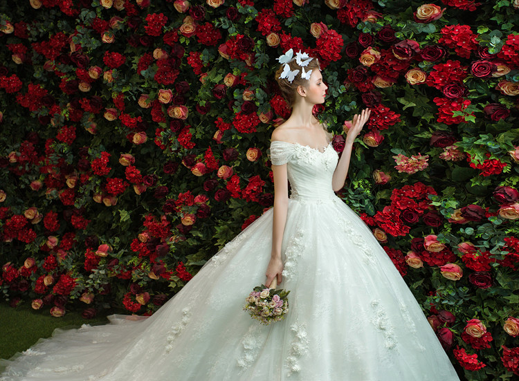 Платья 2017 новинки невесты