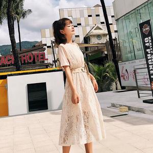 韩版女装新款2018夏装圆领T恤蕾丝背带裙两件套F6285