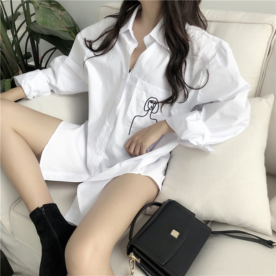 2018 spring new women's clothing Korean oversize wind head embroidery big pocket long long sleeve shirt tide