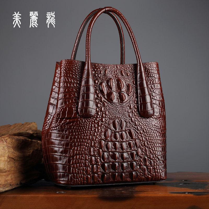 鳄鱼纹真皮手工压花女包包2018新款复古中国风名媛纯皮名牌手提包