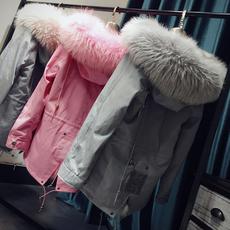 Одежда из меха ACE homes 2016