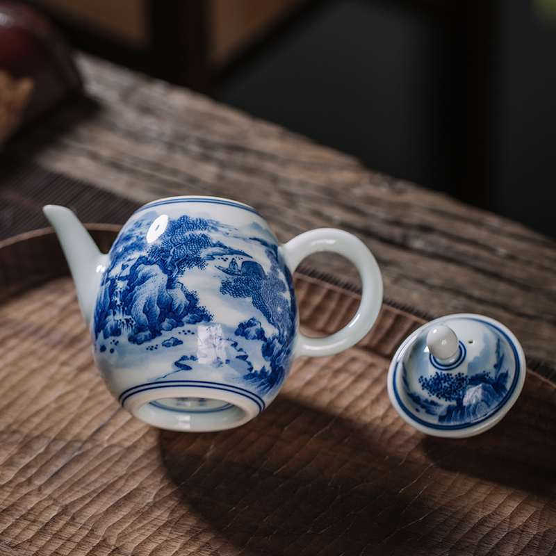 Owl up jingdezhen blue and white porcelain tea set maintain landscape sketch pot of tea teapot egg - shaped pot filled with hand - made