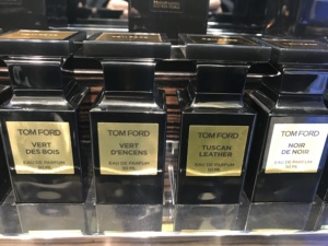 顺丰现货!tf tom ford 香水 oud wood/white suede