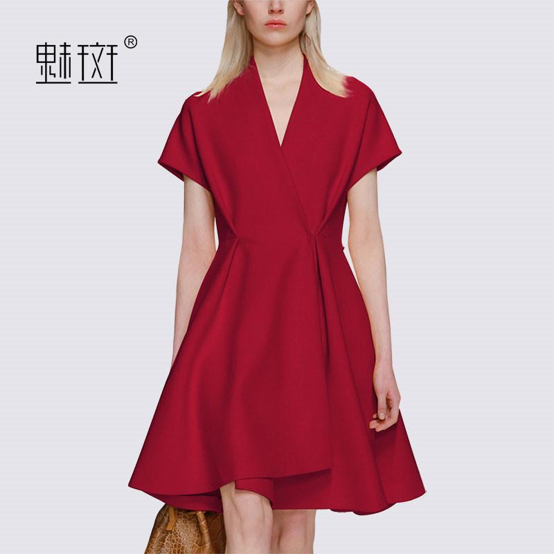 魅斑2018夏季新款女装大码V领时尚短袖修身收腰大摆红色连衣裙潮