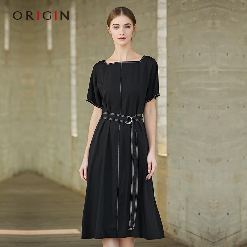 安瑞井女装2018夏季新款时尚一字领连衣裙原创配腰带修身天丝长裙