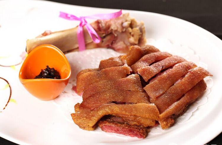 德国风味咸猪手 生冻咸猪蹄髈肘子 特色菜酒店餐厅高档半成品食材图片