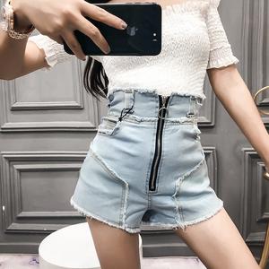 模特实拍5042显瘦收腰拉链拼接磨毛热裤女装高腰牛仔短裤