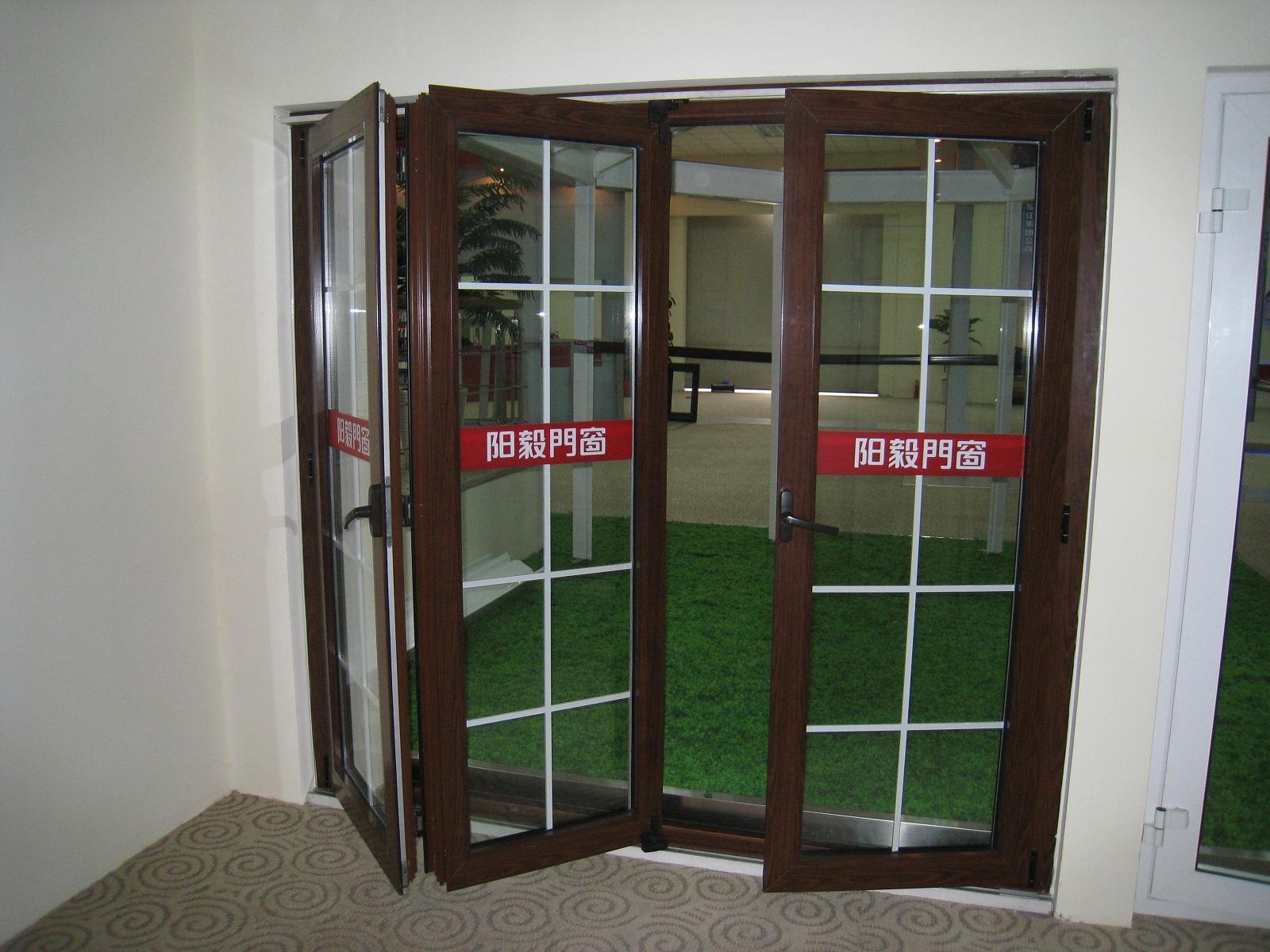 阳毅门窗欧洲系统折叠门sr9rzpm0