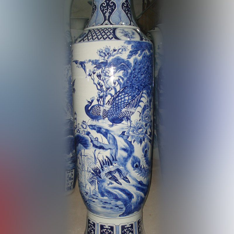 Jingdezhen blue and white peacock peony flower on 2.2 meters tall lively rich hand - made auspicious big vase opening bottles
