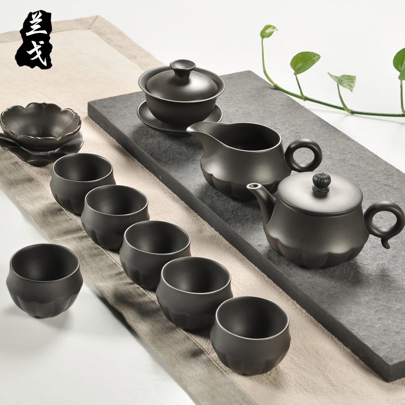 Having a complete set of black mud ore violet arenaceous kung fu tea set old yixing purple clay teapot teacup gift set gift boxes