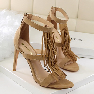 7026-1 the European and American wind restoring ancient ways of fashion summer tassel shoe heel high-heeled suede sexy n