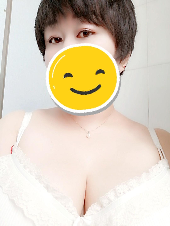 雪儿定制内衣买家秀 整个乳房包裹性很好,没想到8OG也能穿