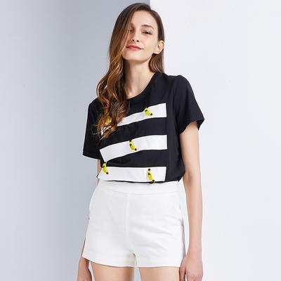 简朵2018夏季新品短袖圆领T恤韩版百搭修身清新甜美女上衣F62112