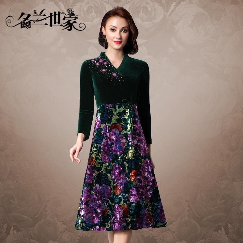 名兰世家金丝绒连衣裙女春中长款时尚复古妈妈宽松显瘦v领打底裙