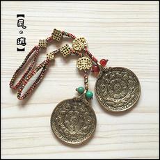 Тибетский сувенир из бронзы