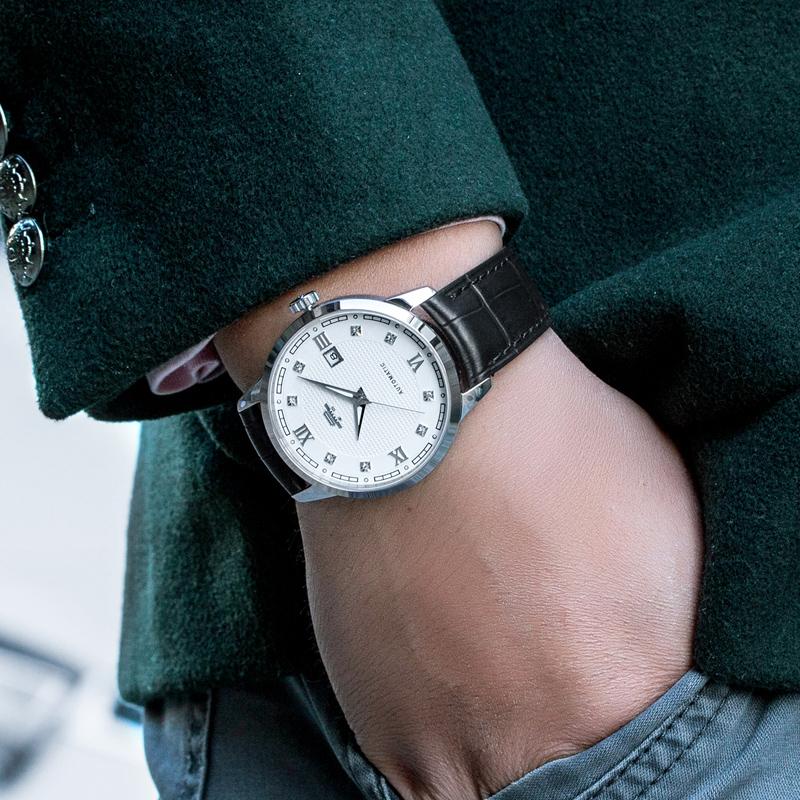 北京手表 豪士16ZG夜光指针男士镶钻自动机械男表商务大表盘腕表产品展示图1