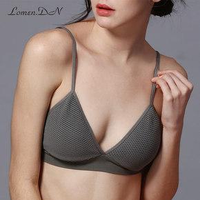 文胸无钢圈小胸性感无痕舒适薄款法式三角杯破洞内衣透气纯色胸罩
