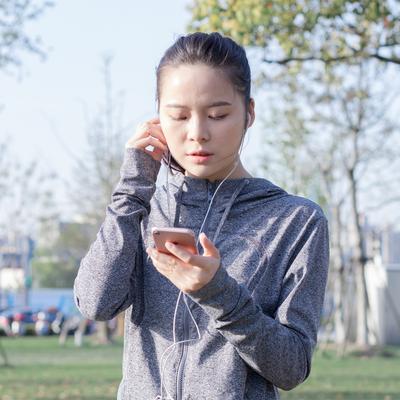 苹果通用耳塞重低音炮耳机