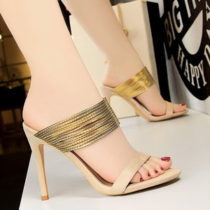 5262-3 European and American wind restoring ancient ways is fine with high heels suede golden fine word show thin tape s