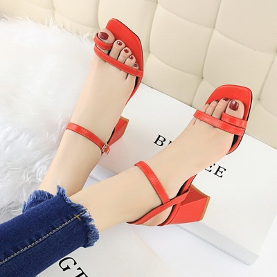 812-2 han edition fashion designer shoes comfortable summer thick with contracted joker high-heeled party head toe sanda