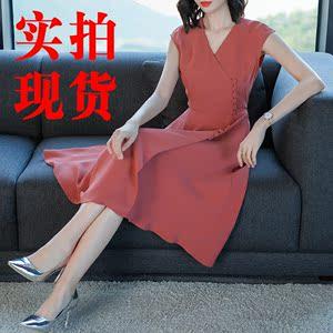 【高档女装】5236 夏季女裙2018新款V领无袖纯色连衣裙...