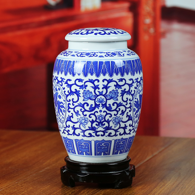 Blue and white porcelain of jingdezhen ceramics caddy fixings ideas seal storage candy jar handicraft furnishing articles