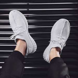 夏季飞织男鞋休闲百搭透气潮流鞋子男夏天薄款运动跑步白色鞋网面