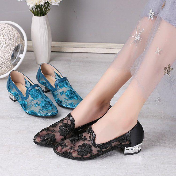 女鞋時尚涼鞋網紗縷空涼鞋女平底民族風休閑鞋蕾絲繡花媽媽女單鞋