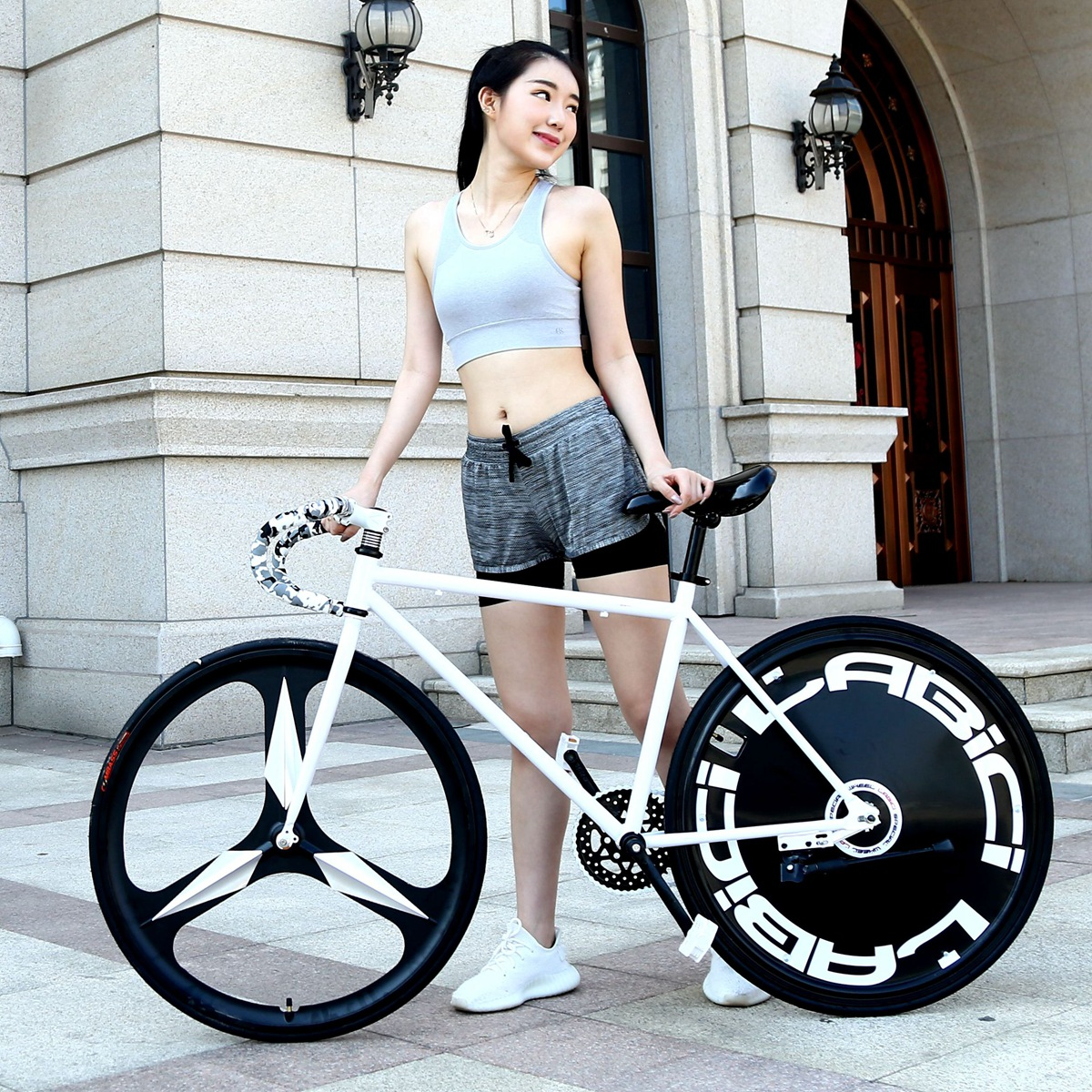 Special offer dead fly bicycle male and female students section US captain back brake riding solid tire bicycle adult vehicle fluorescence