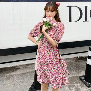 实拍2020新款春夏季裙子碎花连衣裙女装复古法式显瘦a字小个...