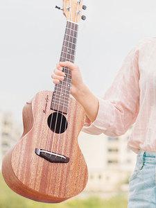 阿牧奇尤克里里初学者儿童成人学生女零基础小U21 23 26寸ukulel