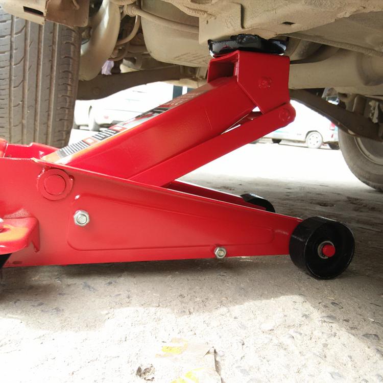 3吨卧式千斤顶液压车用加厚手摇 油压换胎维修图片