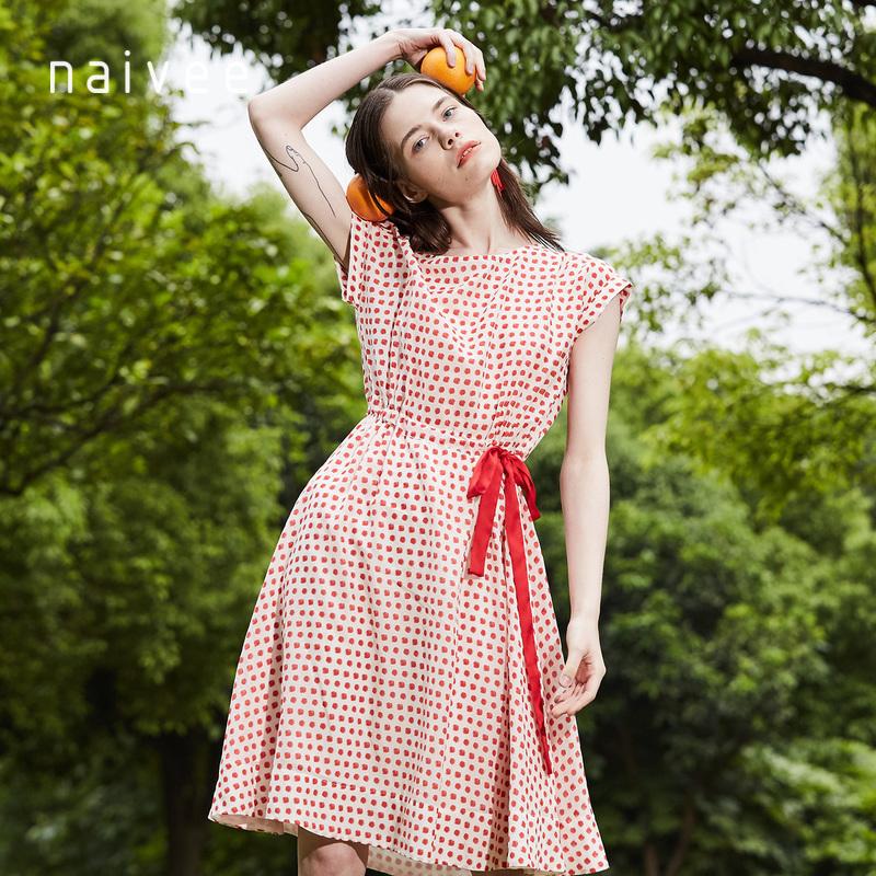 纳薇2018夏季新款优雅气质收腰复古红色波点印花中长款短袖连衣裙